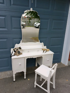 Antique Victorian Solid Wood Vanity / Dressing Table & Stool