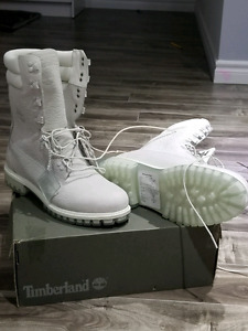 Brand New/ Limited Release Rare Timberland Super Boot 40
