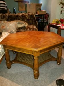 Solid oak side table/coffee table