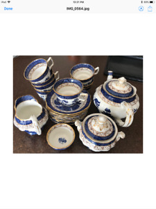 """Beautiful """"Booths Real Old Willow"""" tea service for 8"""