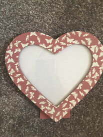 Pretty pink heart photo frame