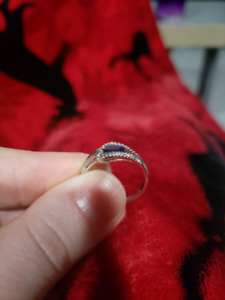 Beautiful Diamond/Sapphire Ring