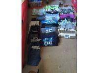 HUGE bundle of boys clothes aged 6-7