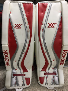 New Reebok Premier XLT Pro Goal Pads/Gloves, used Chest, Skates