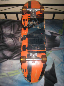 "31""X8"" MAPLE DECK SKATEBOARD (UNKNOWN MAKER,NICE CONDITION)"