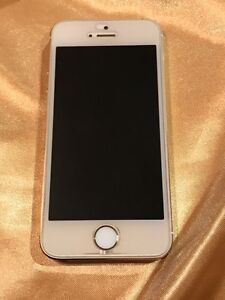 Used 16G  gold I phone 5s for sale Strathcona County Edmonton Area image 3