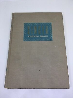 1957 SINGER SEWING BOOK (SINGER SEWING MACHINE COMPANY) HC