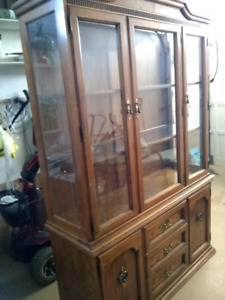 BEAUTIFUL SOLID WOOD HUTCH(REDUCED)