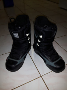 5150 Snowboard boots - Size 8