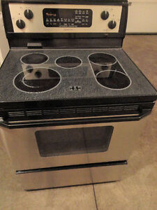 SS Whirlpool Glass Stove  Self cleaning in Excellent Condition