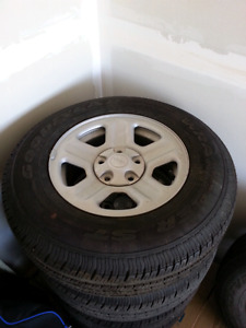 225/75 r16 jeep rims/tires x5
