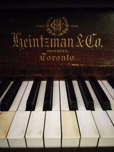 Heinzman Upright Piano