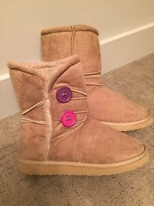 Girl's boots. Like new! SZ 13