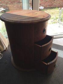 Circular solid wood small draws