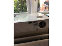 NEC NP305 Projector