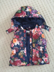 H&M vest with hood and zipper, waterproof, for 1 1/2-2 year olds