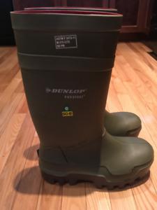 New Dunlop Rubber Boot