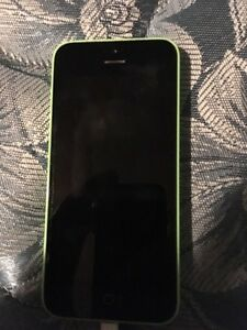 iPhone 5c Green locked to Bell