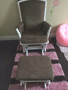 Child Wood Rocking chair w/ foot stool set - $125 (Coquitlam)