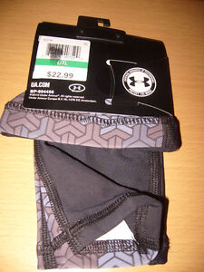 BRAND NEW UNDER ARMOUR FOREARM COVERS Windsor Region Ontario image 2