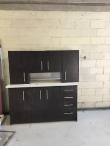 model showroom kitchenette set