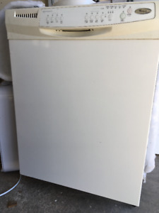 Whirlpool Dishwasher with Delay