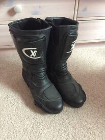 Unisex bike boots size 7