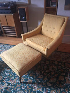 Vintage Yellow Peppler-Selig Chair with matching hassic Stratford Kitchener Area image 4