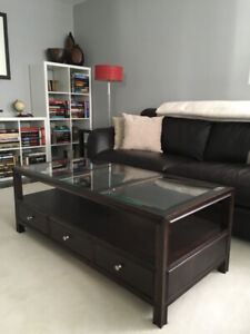 Beautiful Solid Wood Coffee and End Tables!