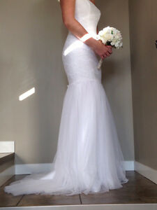 Wedding Dress with tags still attached!!