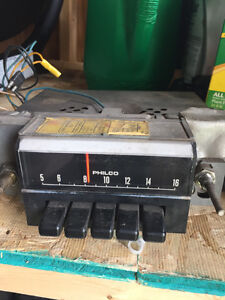 Factory Ford AM Radio Fits Most Ford Products