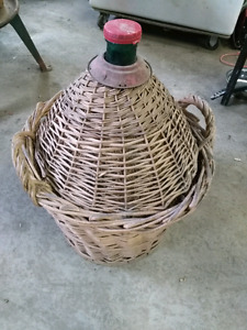 Selling 1 demijohn beverage  container/Carboy