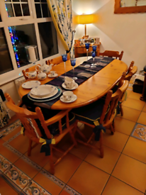 Kitchen Table & chairs including table runner