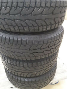 225/65R17 HANKOOK SNOWTIRES WITH RIMS