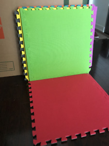 Interlocking foam mat or floor tiles for SALE at ONLY $12