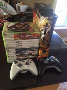 Xbox360 Elite slim 120gb 2 wireless controllers, wifi, 21 games! Peterborough Peterborough Area image 4