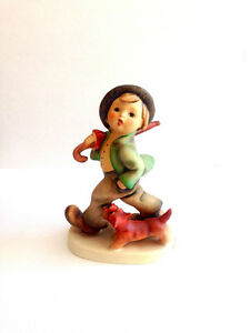 "Goebel Hummel Figurine ""Strolling Along"" Kingston Kingston Area image 5"