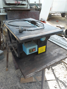 Small saw bench Curra Gympie Area Preview