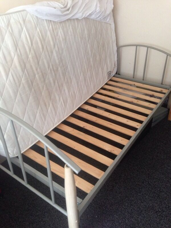 free pick up today single bed easy storage space underneath in acton london gumtree. Black Bedroom Furniture Sets. Home Design Ideas