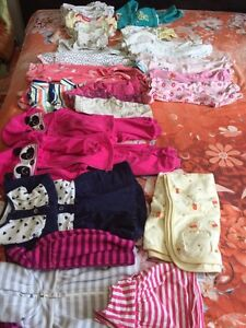 Twin clothing 3-9 months