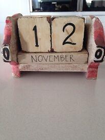 Shabby sheek pig calendar