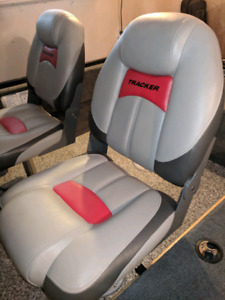 Wanted tracker seat