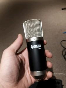Apex 435B microphone
