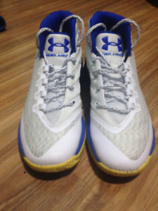 Under Armour Stephen Curry 3's size 7 mens great condition
