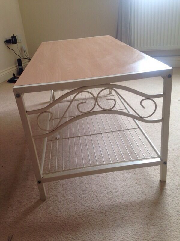 Shabby chic coffee table in Patchway Bristol