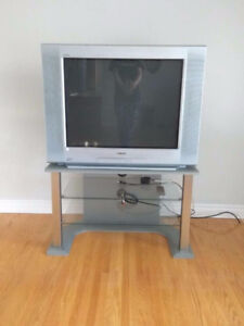 32'' SONY Trinitron TV and other things