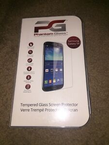 Phantom Glass Samsung Galaxy S4