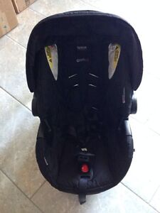 Brand New Condition - BRITAX B-Safe 35 Infant car seat