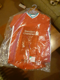 Kids liverpool kit