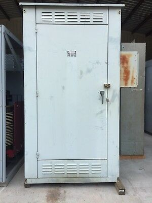 Gilbert Km Metal Enclosed Capacitor Bank 12.47 Kv 900 Kvar 3r 12470 Volt